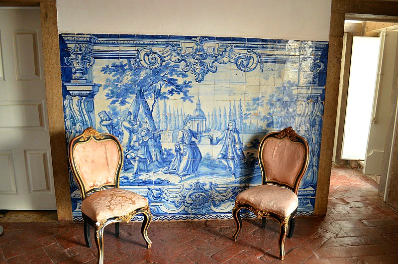 Master tile works Palacio Belmontes 18th c. tile collection
